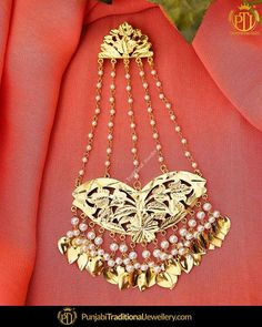 Principles of Jewelry Design - Rings and Earrings Antique Jewellery Designs, Gold Earrings Designs, Gold Jewellery Design, Necklace Designs, Handmade Jewellery, Jewellery Box, Designer Jewelry, Earrings Handmade, Indian Wedding Jewelry
