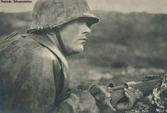 Waffen-SS Soldat