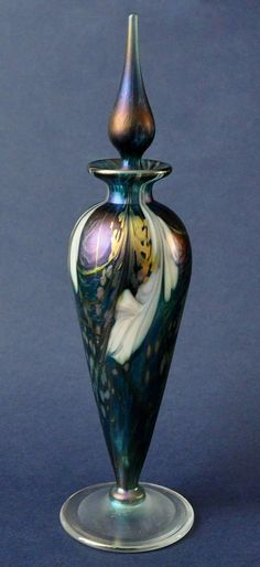 Richard Golding Station Glass Turquoise Pergoda Perfume Bottle http://www.bwthornton.co.uk/isle-of-wight-richard-golding-bath-aqua-glass.php