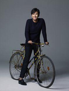 Photoshoots, candids, and gifs of South Korean Actor/Model Joo Ji Hoon Korean Men, Korean Actors, Princess Hours, Handsome Asian Men, Goong, Handsome Actors, Japanese Men, Second World, Actor Model