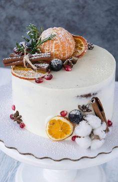 ideas fruit cake decorating ideas wedding inspiration for 2019 Christmas Cake Pops, Christmas Cake Decorations, Holiday Cakes, Christmas Desserts, Christmas Baking, Cake Cookies, Cupcake Cakes, Sweets Cake, Winter Torte