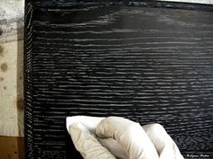 Ebony Limed Oak – step by step by Lynne Rutter ArtisphereOnline - Decorative Painting Magazine Kitchen Cabinets On A Budget, Kitchen Table Makeover, Chalk Paint Colors Furniture, Painted Furniture, Stain Furniture, Furniture Projects, Fish Tank Stand, Bed Frame Plans, Stain On Pine