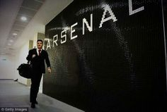 Özil Arrives at The Emirates Before FA Cup Match vs Spurs 2013-2014.