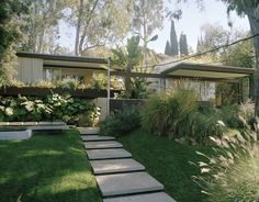 mid century Richard Neutra home in LA, photo by Mario Testino