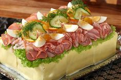 Sushi Salad, Cobb Salad, Sandwich Cake, Sandwiches, Open Faced Sandwich, Fika, Tea Time, Cucumber, Food And Drink