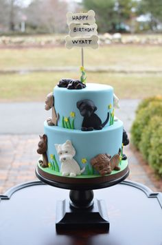 - Puppies birthday cake