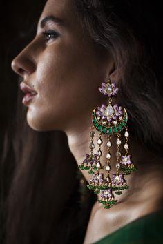 Savory Korean fashion jewelry,Geometric jewelry diy and Accessories jewelry bracelets. Indian Jewelry Earrings, India Jewelry, Bridal Earrings, Cute Jewelry, Jewelry Shop, Bridal Jewelry, Fashion Jewelry, Silver Jewelry, Dainty Jewelry