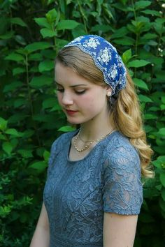 Evintage Veils~ This is a headwrap style, or kerchief. It is made of a very soft embroidered tulle in blue & white floral lace, with a scalloped embroidered edge on both sides. White ribbon ties are adjustable to fit, and hold this delicate, but Wide Headband, Lace Headbands, Beautiful Girl Image, Beautiful Hijab, Blond, Tie Styles, Le Jolie, White Lace, White Ribbon