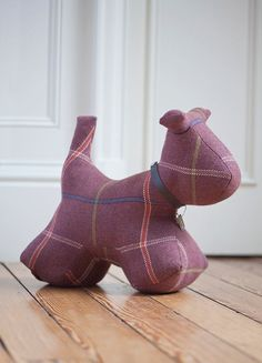 Dog Doorstop in Golspie Clover Doorstop, Beautiful Color Combinations, Signature Style, The Hamptons, Dinosaur Stuffed Animal, Textiles, Contemporary, Dog, Places