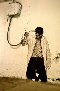 """Consécration pour l'artiste français Charles Leval, alias Levalet, et pour sa série originale de collage """"OIL"""" présente au NuArt Festival (Stavanger, NO)"""