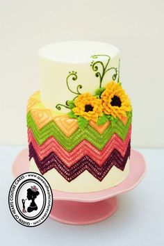 Queen of Hearts Couture Cakes Knitting/crochet cake