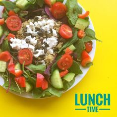 I was feeling super colourful for lunch today  lemon & herb bulgar wheat cous cous feta pumpkin seeds & a big sexy salad  so much yum!! This is my #womp for you @fit_girl_uk_belgium  let's see what's on your plate's girls