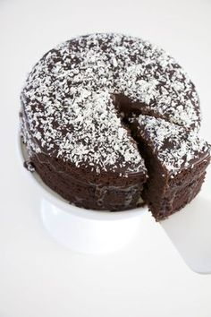 Chocolate cake with coconut topping. Pastry Recipes, Baking Recipes, Cake Recipes, Dessert Recipes, No Bake Desserts, Delicious Desserts, Chocolate Sweets, Swedish Recipes, Cakes And More