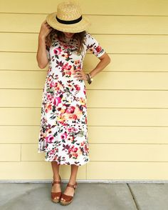 You can never go wrong with a floral dress and floppy hat for a day in the sun!