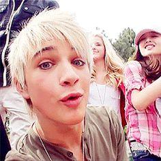 Okay this is way toooo cute Im5 Dalton, Dalton Rapattoni, Hey Good Lookin, Youtubers, Singers, Peeps, Idol, Hero, Actors