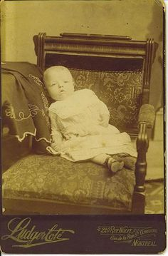 Google Image Result for http://www.theskullillusion.com/wp-content/uploads/2012/05/victorian-post-mortem-photography-skull-illusion-children-baby-chair-ludger-cote-montreal.jpg