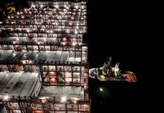 Aboard a Cargo Colossus: Maersk's New Container Ships - NYTimes.com
