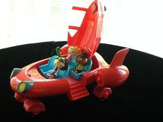 Little Einsteins pat pat rocket with 3 figures