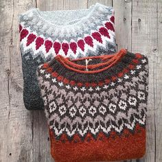 Old favorites - two darling woodland… The Effective Pictures We Offer You About knittings yarn ideas Fair Isle Knitting Patterns, Knit Patterns, Knitting Yarn, Hand Knitting, Cosy Outfit, Icelandic Sweaters, How To Purl Knit, Knit Crochet, Stitch Fix