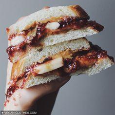 #vegan #veganfood #veganfoodshare #govegan #goodfood #picoftheday #peanutbutter #photooftheday #whatveganswear #whatveganseat #rawtillwhenever #rawtill4 #rawvegan #raw #carbs #carbthefuckup #carbup #hclfv #hclf #healthy #happy #highcarb #happiness #justvegan #baking #banana #drooling #vegansofig #bestofvegan #bestoftheday