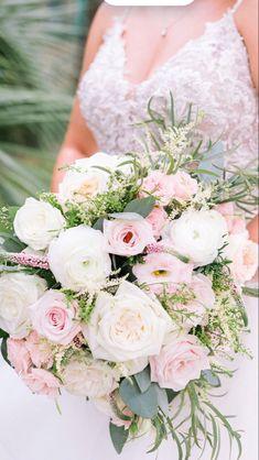 Fall Flower Arrangemements | Wholesale Flowers
