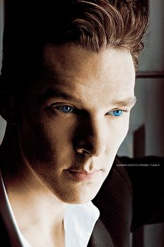 Just when I think I have seen every possible look/expression that could possibly appear on Ben's face I come across something like this....and all I can do is stare.