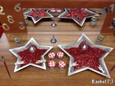 """Glitter mixed with sand in star-shaped dishes - from Rachel ("""",)"""