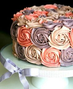 59 ideas for birthday cake purple flowers colour Gorgeous Cakes, Pretty Cakes, Cute Cakes, Amazing Cakes, Rosette Cake, Buttercream Cake, Cake Fondant, Frosting, Piece Of Cakes