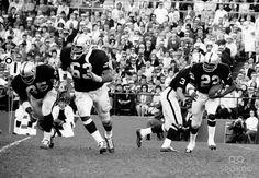 073cc7513 1968 oakland raiders | Oakland Raiders guard (63) Gene Upshaw and (40 Pete  Banazak lead the .