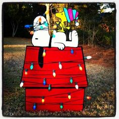 Acrylic Creations: Christmas Yard Art (Photo only, no instructions)