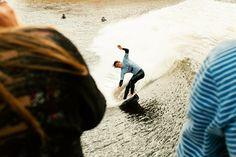 Prise de vue inédite. Seul les surf Park permettent cela. Snowdonia Red Bull Unleashed 2015.
