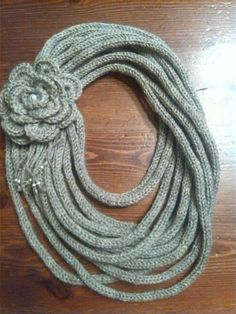 Collana di lana scaldacollo