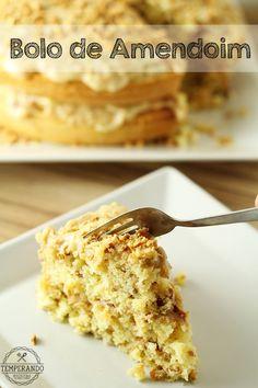 BOLO DE AMENDOIM - receita de delicioso bolo de amendoim super fofinho, com recheio e cobertura de brigadeiro de amendoim, perfeito para festar juninas   temperando.com #receita #festajunina #bolodeamendoim