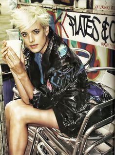Agyness Deyn #street fashion pinned by #rollerpop