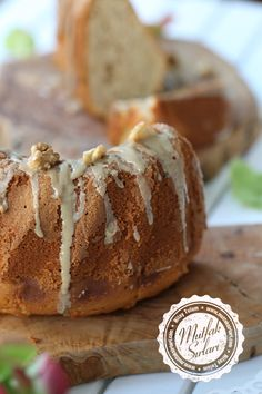 Newest Snap Shots practical cake Style - yummy cake recipes Delicious Cake Recipes, Yummy Cakes, Cake Pricing, Walnut Cake, Cake Business, Fashion Cakes, Homemade Vanilla, Cream Cake, Frozen Treats