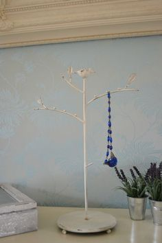 Shabby Vintage Chic Jewellery Stand Necklace Jewellery Storage Metal Bird Stand