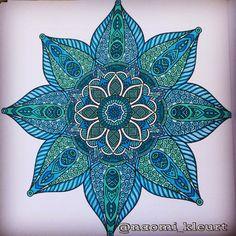 Kleuren voor volwassenen, colouring for adults, coloriage, mandala, artist, stabilo, potlood, bruynzeel, het derde enige echte mandalakleurboek voor volwassenen