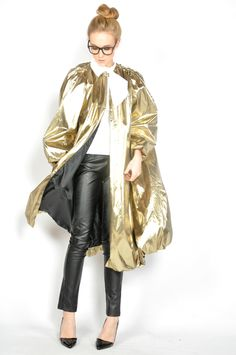 Vintage Gold Lame Coat  #vintage #fashion #style #vintagefashion #vintageclothing #vintagestyle