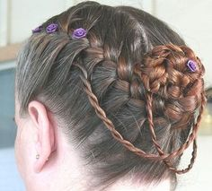 For the bridesmaids, just without the smaller chain looking braids!!