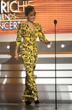 Nicole Richie - I dig this dress.  :)