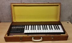 MATRIXSYNTH: Moog Satellite Synthesizer Model 5330 W/ Carrying ...