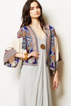 NWOT Anthropologie Greylin tan silky printed open Kimono Tingi Jacket S Bohemian Mode, Bohemian Style, Boho Chic, Looks Hippie, Hippie Style, Fashion Moda, Boho Fashion, Womens Fashion, Look Kimono