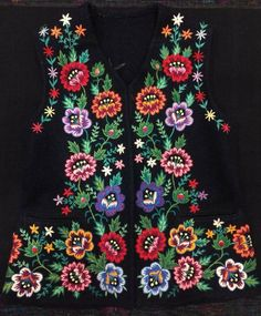 Border Embroidery Designs, Russian Folk, Diy Candles, Body Art Tattoos, Needlepoint, Needlework, Knitting Patterns, Costumes, Diy And Crafts