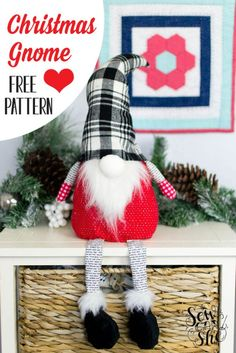 Great Images holiday Sewing projects Ideas Free sewing pattern for a Christmas Gnome! Sewing Patterns Free, Free Sewing, Free Pattern, Pattern Sewing, Sewing Men, Clothes Patterns, Dress Patterns, Sewing Hacks, Sewing Crafts