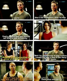 oh please oliver like you'd ever read. =P Arrow Funny, Arrow Memes, Team Arrow, Arrow Cw, Arrow Oliver, Oliver And Laurel, Voldemort, Supergirl Dc, Supergirl And Flash