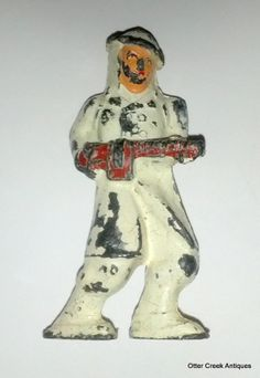 Vintage 1930's Barclay Manoil Lead Soldier In White - No Skis - by OtterCreekAntiques