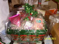 Sandra's Sweets - Baker of Cakes and Muffins - Cake Pops, fondant cakes, gift jars, gift baskets, Part favors and decorations - Deerfield Beach, Florida