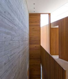 Clinton Murray Gunyah Residence Solid as a rock - A challenging section on Gunyah beach in Bundeena, forced Clinton Murray to rethink the . Architecture Details, Interior Architecture, Interior Walls, Interior Design, Concrete Interiors, Concrete Wood, Residential Architecture, Concrete Architecture, Villa