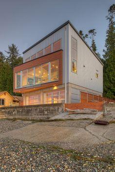 Casa Tsunami / Designs Northwest Architect