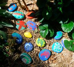 Try playing hide & seek with Painted rocks for active Outdoor fun in the garden. (Via At Home With Ali) Nature Activities, Craft Activities, Art For Kids, Crafts For Kids, Kid Art, Stone Pictures, Outdoor Learning, Stone Painting, Rock Painting